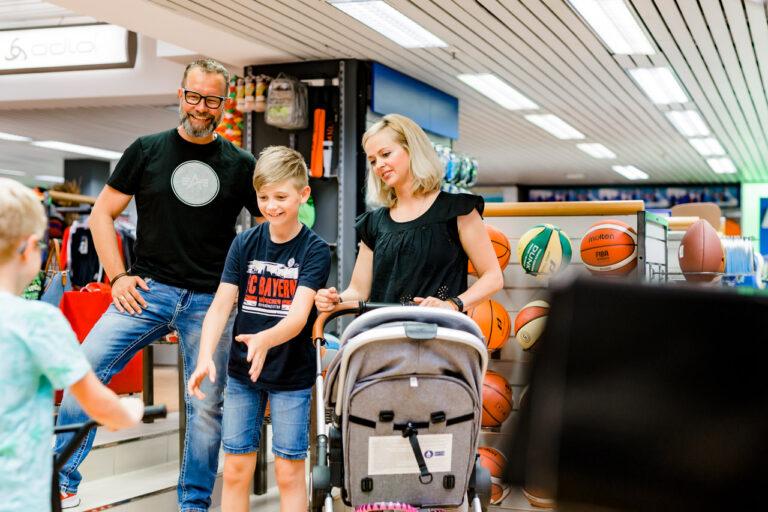 11Familiensporthaus Kreft: Shoppen für die ganze Familie